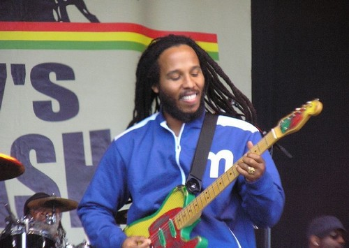 Ziggy_Marley_2006_001_small.jpg